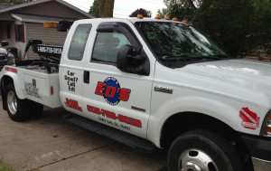 Eds Towing Vehicle Lettering